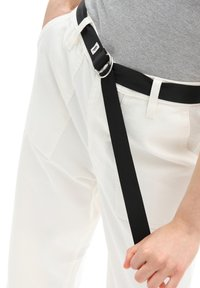 Vans - WM CLARK PANT - Trousers - white - 3