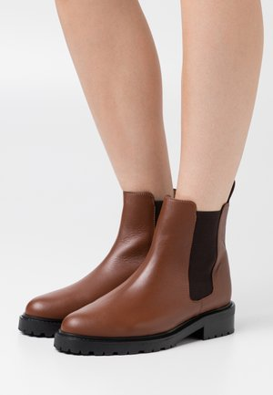 OLARVIK SUSTAINABLE - Classic ankle boots - doge cognac