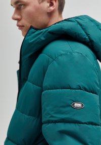 PULL&BEAR - Winter jacket - dark green - 4