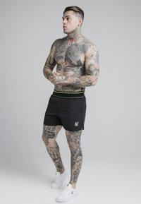 SIKSILK - Swimming shorts - black - 3