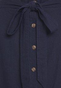 GAP - V TIE FRONT MIDI SKIRT - A-line skirt - navy uniform - 2