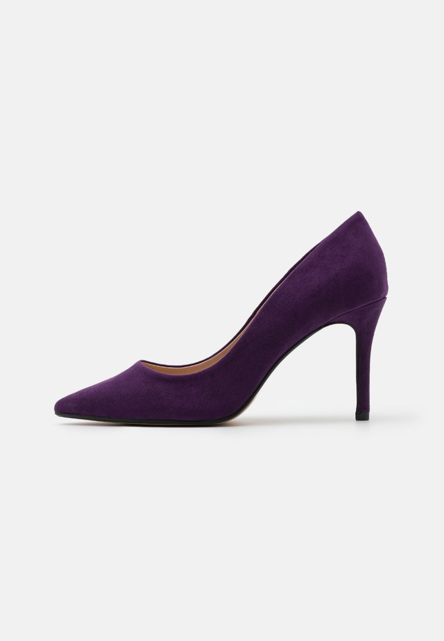 WIDE FIT DELE POINT STILETTO - Escarpins - purple