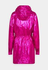 KARL LAGERFELD - IKONIK - Parka - metallic pink - 2
