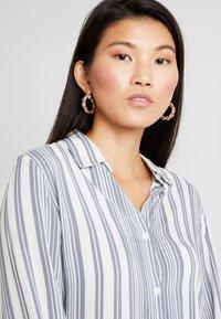 Cotton On - RACHEL EVERYDAY SHIRT - Button-down blouse - grey - 3