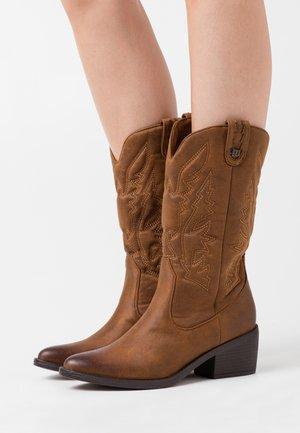 TANUBIS - Stivali texani / biker - brown