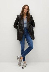 Mango - NOA - Jeans Skinny Fit - donkerblauw - 1