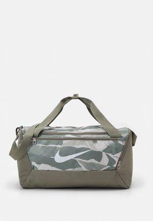 BRASILIA S UNISEX - Sportovní taška - light army/white