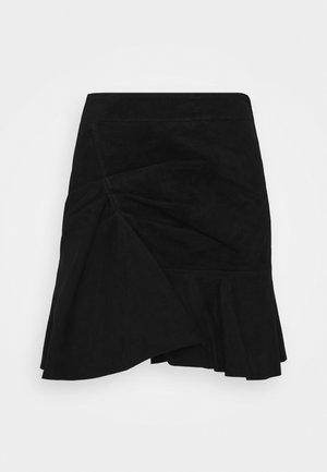 MARANA - Jupe trapèze - black