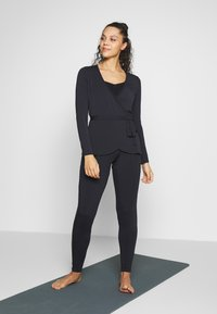 Curare Yogawear - WRAP BELT - Treningsjakke - midnight blue - 1
