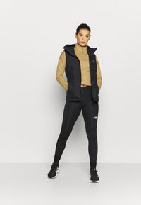 The North Face - ACTIVE TRAIL - Sweatshirt - moabkhakilgtht - 1