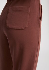 ARMEDANGELS - IVAA EARTHCOLORS® - Tracksuit bottoms - natural dusty rose - 4