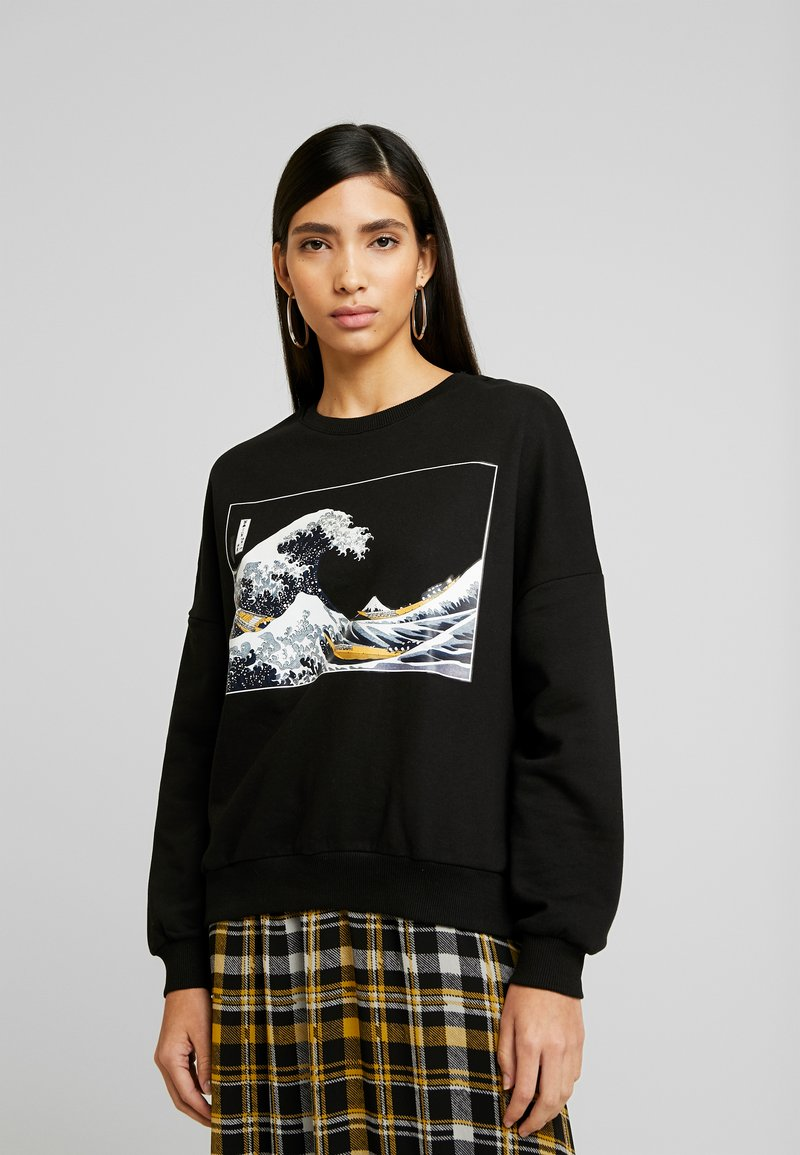 Even&Odd - Printed Crew Neck Sweatshirt - Sweatshirt - black