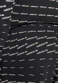 adidas Originals - MONO - Shorts - black/white - 6