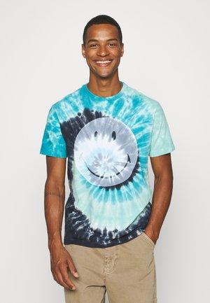 IN TEE TIDAL WAVE - Marškinėliai su spaudiniu - blue
