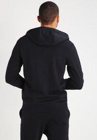 Nike Sportswear - CLUB FULL ZIP HOODIE FRENCH TERRY - Sweatjakke /Træningstrøjer - black/white - 2