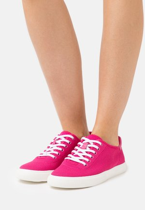 FLY JAYLIN - Trainers - bright pink