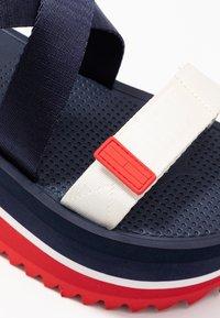 Tommy Jeans - POP COLOR FLATFORM SANDAL - Sandály na platformě - twilight navy - 2
