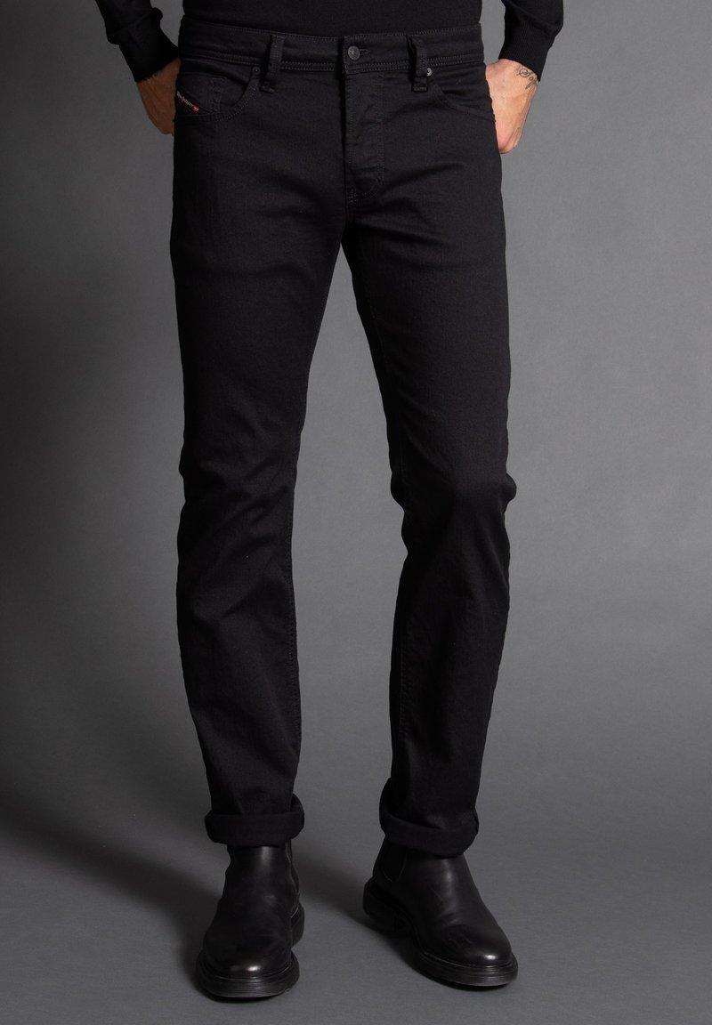 Diesel - Straight leg jeans - schwarz