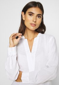 Marc O'Polo - BLOUSE LONG SLEEVED - Camicetta - white - 4