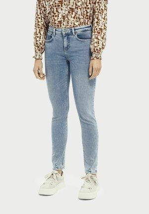 LA BOHEMIENNE PLUS MID-RISE  - Jeans Skinny Fit - solorize
