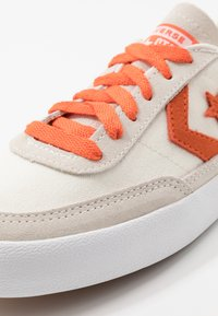 Converse - NET STAR - Trainers - egret/bold mandarin/white - 5