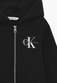 Calvin Klein Jeans - MONOGRAM CHEST ZIP HOODIE - Hoodie met rits - black - 3