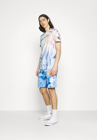 Ellesse - BOSSINI TIE DYE  - Shorts - multi coloured - 1