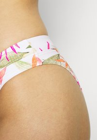 Rip Curl - NORTH SHORE FULL PANT - Spodní díl bikin - light pink - 3