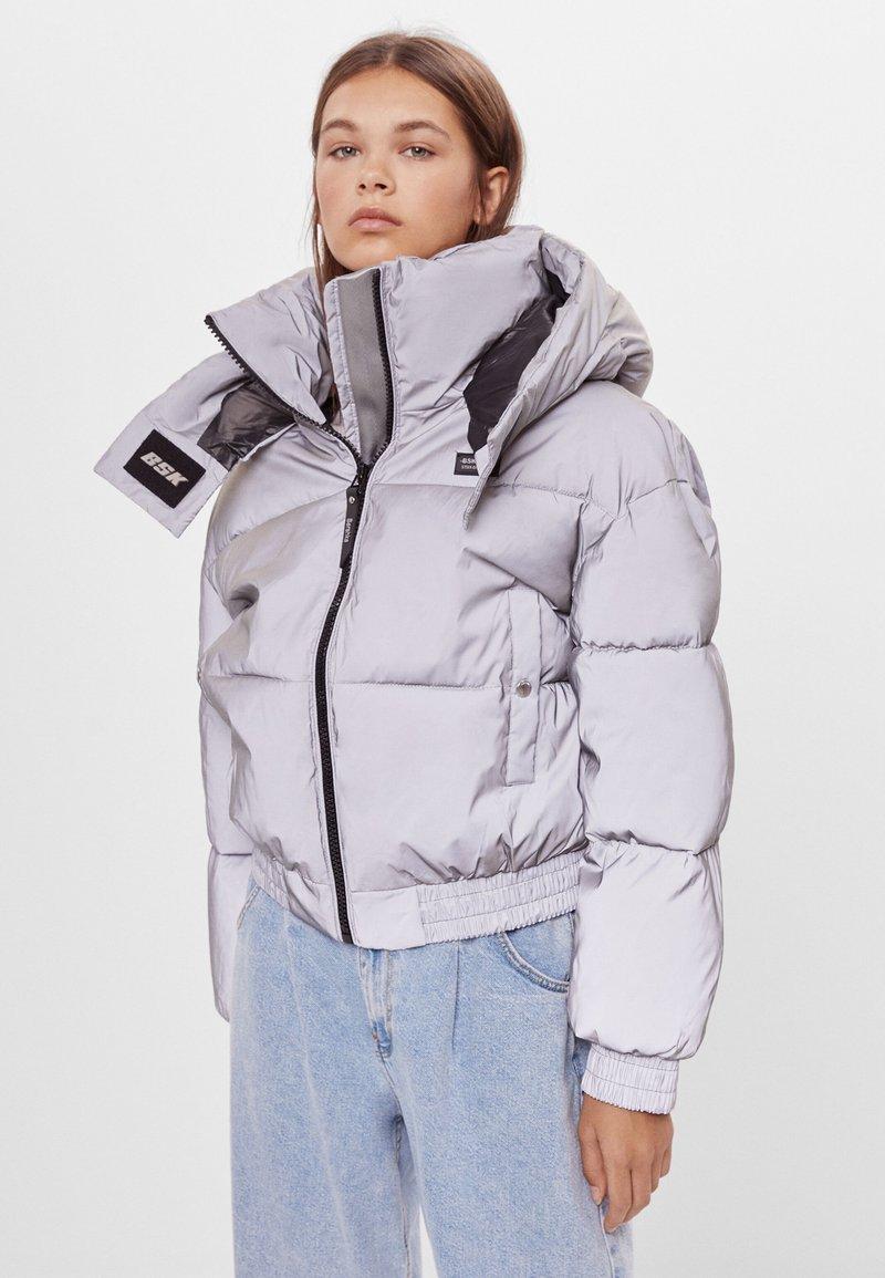 Bershka - Zimní bunda - silver