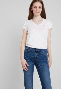 Tommy Jeans - MID RISE - Straight leg jeans - utah mid bl com - 3
