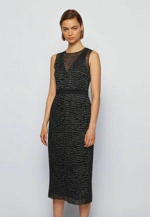 DELYNNA - Shift dress - patterned