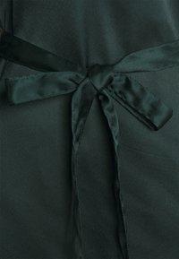 JDY - JDYFIFI SHORT DRESS - Denní šaty - scarab - 2