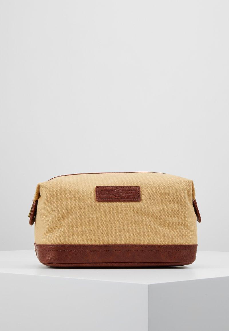 Burton Menswear London - WASH BAG - Necessär - brown