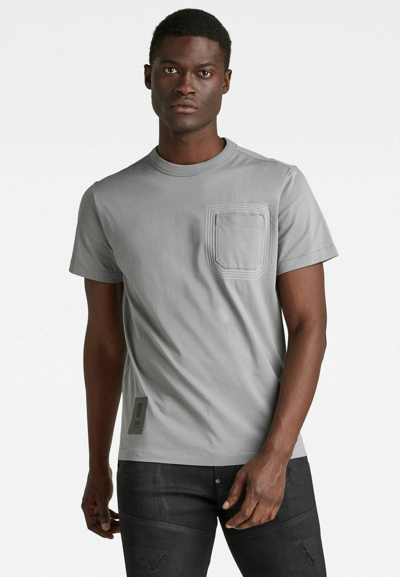 G-Star - STITCH DETAIL POCKET - T-shirt con stampa - charcoal