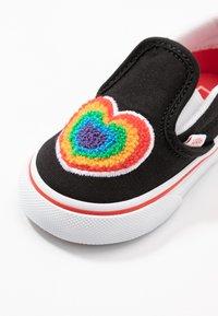 Vans - Dětské boty - rainbow/true white - 2