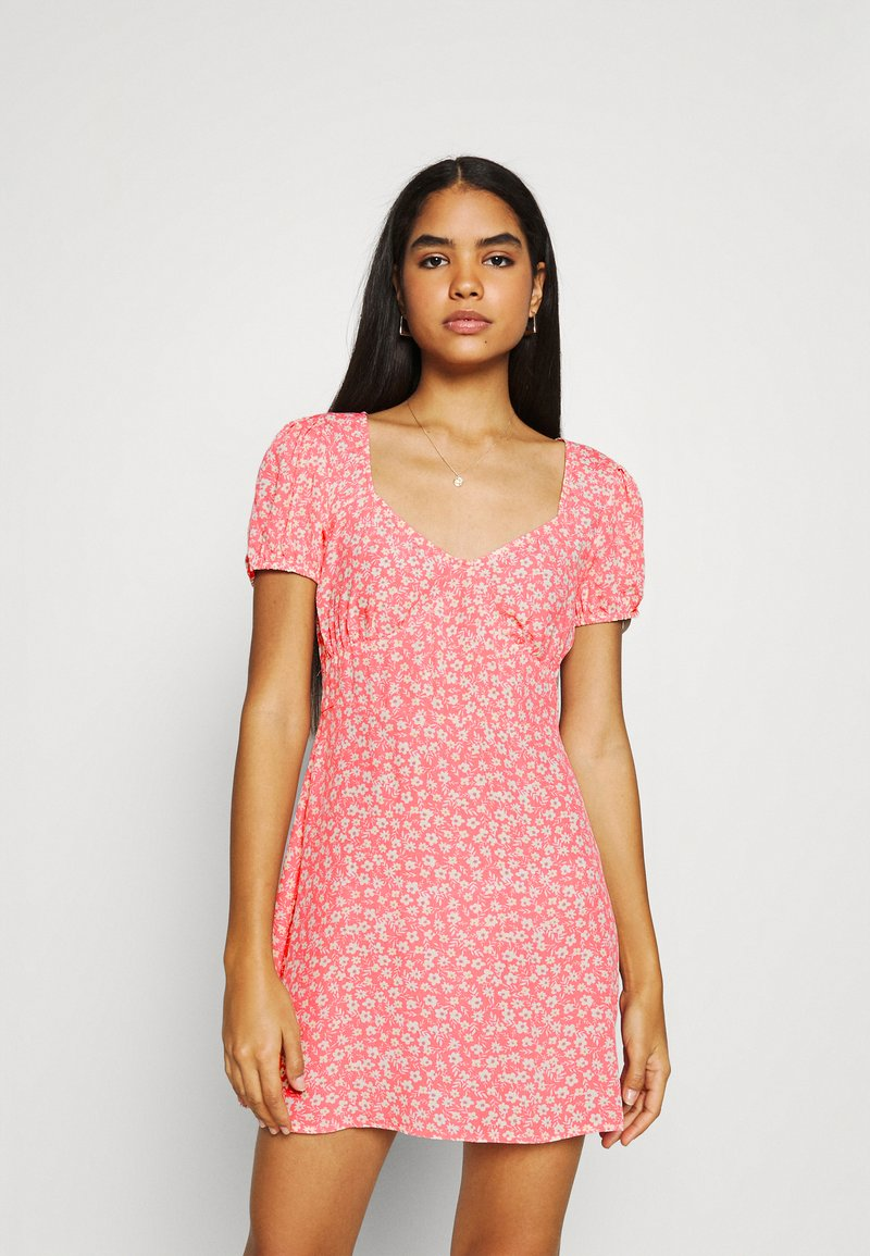 Cotton On - ESSENTIAL TIE BACK MINI TEA DRESS - Denní šaty - strawberry sorbet