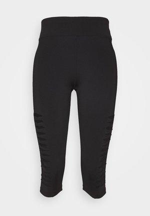 Pantalón 3/4 de deporte - black