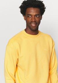 pinqponq - UNISEX - Sweater - straw yellow - 4