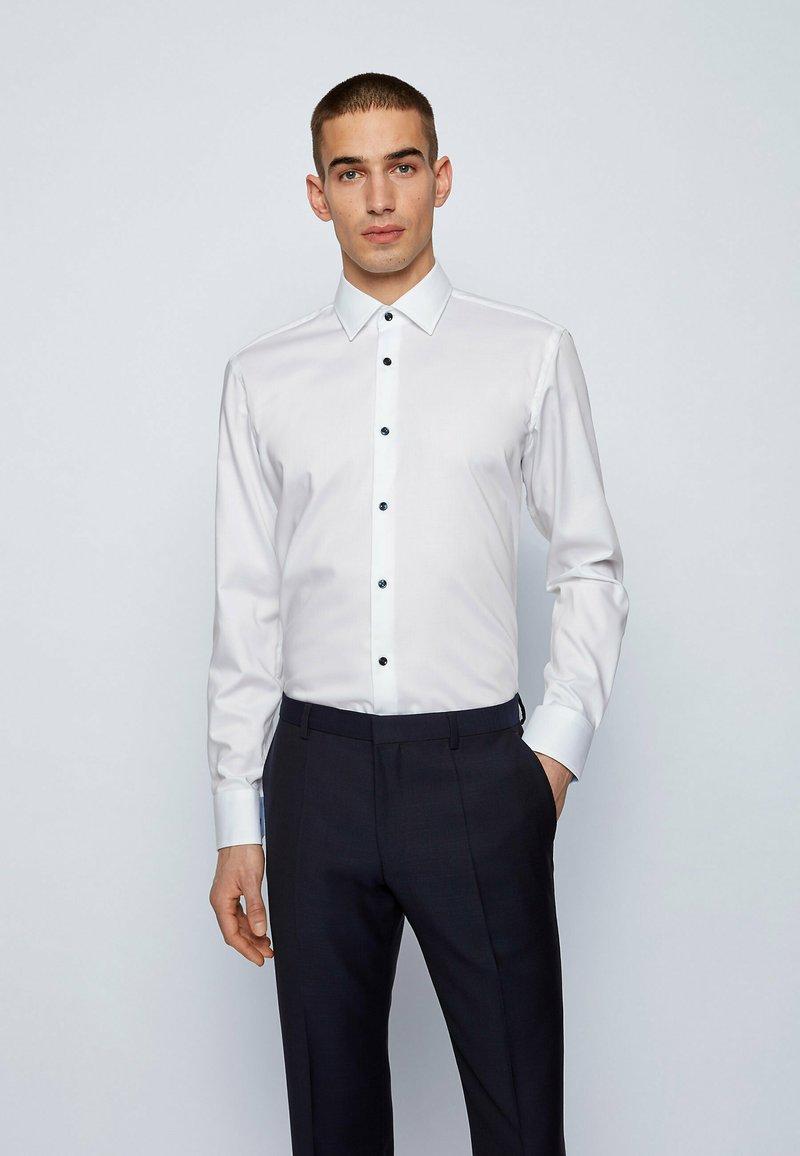 BOSS - GORAX - Camicia elegante - white