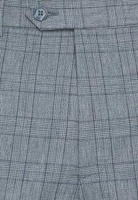 Jack & Jones PREMIUM - JPRRAY CHECK TROUSER - Trousers - grey melange - 6