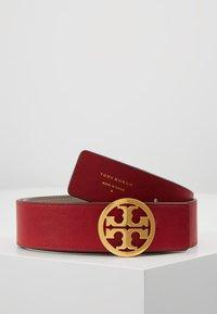 Tory Burch - REVERSIBLE LOGO BELT - Cintura - gray heron/red apple/gold-coloured - 3