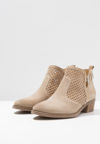 Anna Field - LEATHER BOOTIES - Ankle boot - beige - 4