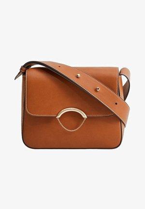 CHAIN - Across body bag - brown