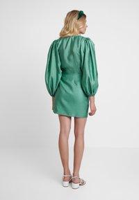 Samsøe Samsøe - MAGNOLIA SHORT DRESS - Cocktail dress / Party dress - green - 3