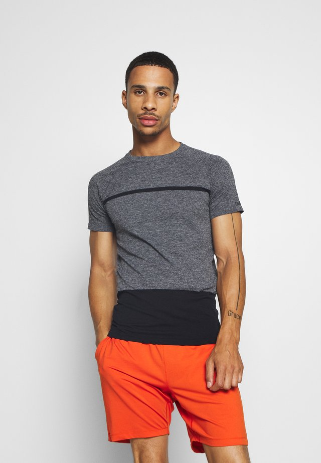 SEAMLESS TEE - Print T-shirt - dark grey melange