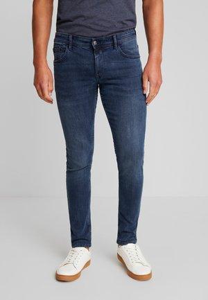 CULVER - Slim fit jeans - mid stone blue black denim