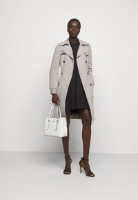 MICHAEL Michael Kors - DOUBLE BREASTED PUFF SLEEVE DRAPERY - Trenchcoat - nickel - 1