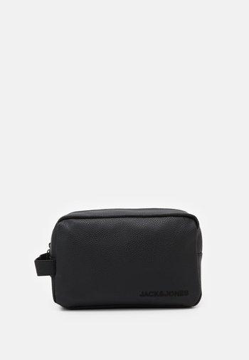 JACJAY TOILETRY BAG - Wash bag - black
