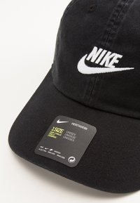 Nike Sportswear - FUTURA WASH UNISEX - Cap - black/white - 4