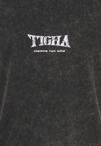 Tigha - WILD EAGLE WREN - Print T-shirt - vintage black - 2
